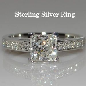 925 Sterling Silver & CZ Engagement Wedding Ring I